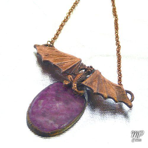 pendentif shenron dragon avec rubis zoisite