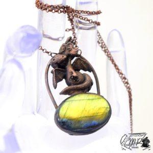 pendentif dragounet Polunga avec labradorite