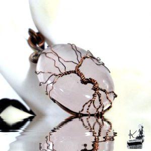 Pendentif arbre de vie madez sur quartz rose