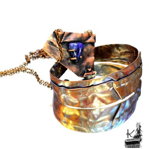 parure grain avec collier et bracelet en cuivre et charoite