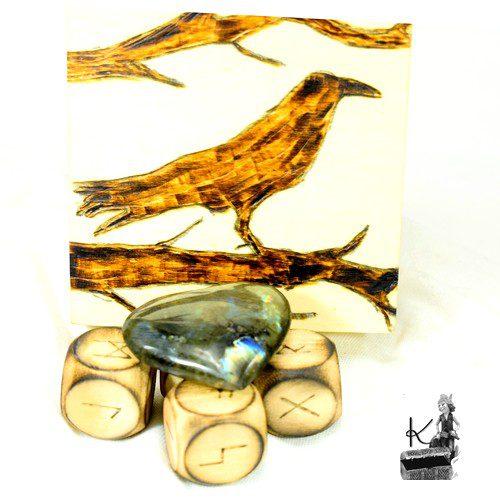 Trésor-box Danlia - dés runiques et labradorite
