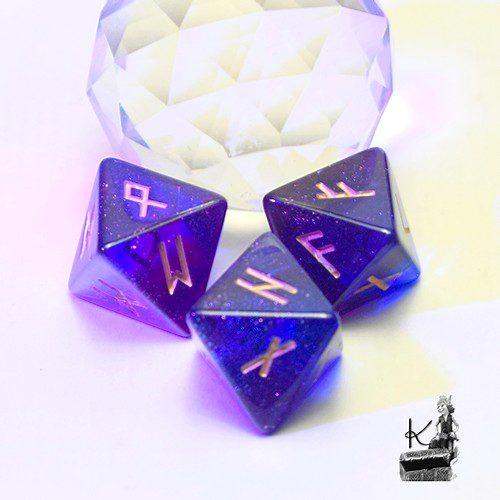 dés 8 daces runiques