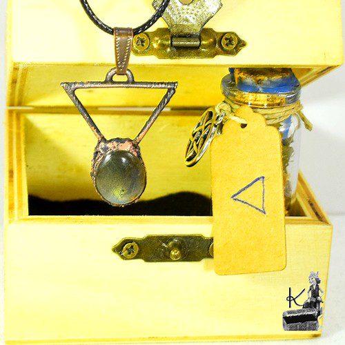 Treasor Box de l'élément Eau avec pendentif et spell jar