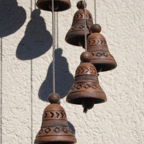 les cloches dans la sorcellerie