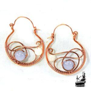 Boucles d'oreille Hawe en cuivre avec perles en angélite et pierre de lune