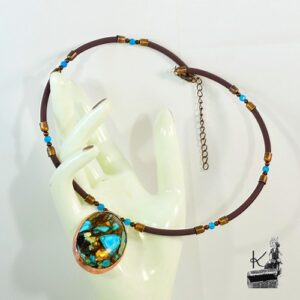 Collier Joas avec pendentif en bornite